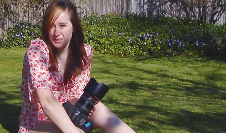 cewek seksi rambut coklat bermain dengan bokep selingkuh ibu hamil dildo pada video