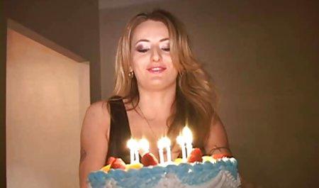 Seksi ibu video sex selingkuh xxx dengan vagina berbulu dan banyak role-playing game