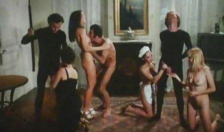 Seks janda selingkuh bokep bertiga dengan Nicole aniston dan Alison Rey