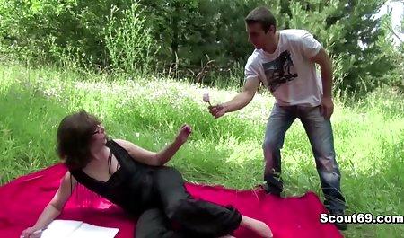 wanita gemuk mainan bokep selingkuh menantu vs mertua Klitoris vibrator